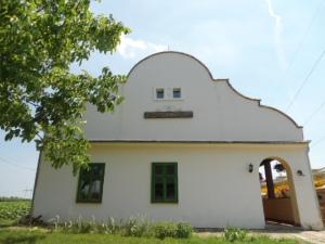 Day tour to kovacica, readyclickandgo